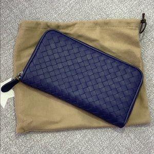 Bottega Veneta Navy Intrecciato zip-around wallet